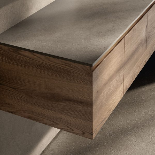 Wood finishes with a continuous grain match