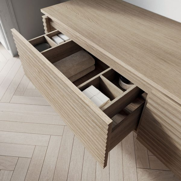 Internal structures veneered or lacquered matching the fronts