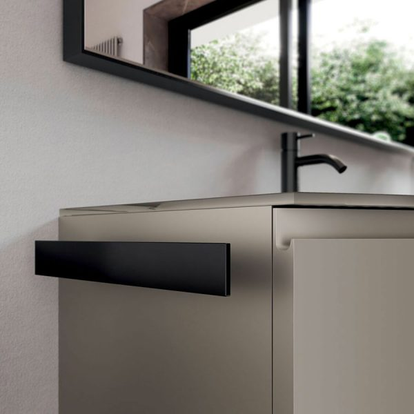 Three finishes for all metal elements: chrome,  brushed, matt black.