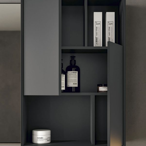Wall unit with niches
